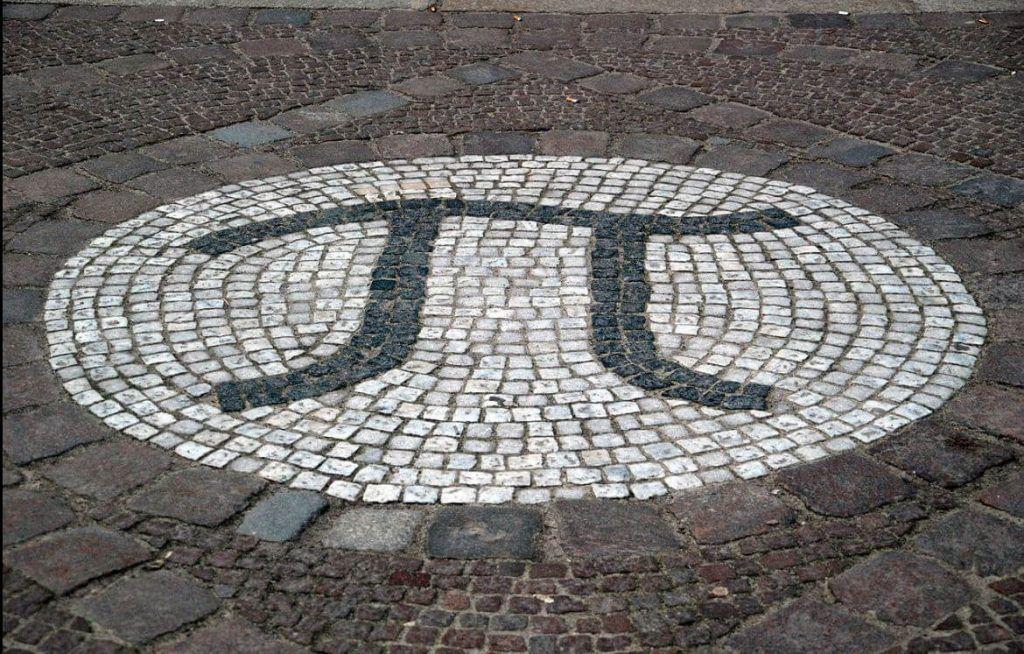 numero pi en mosaico